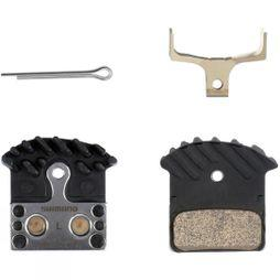Shimano J04C metal pad and spring, with cooling fin No Colour